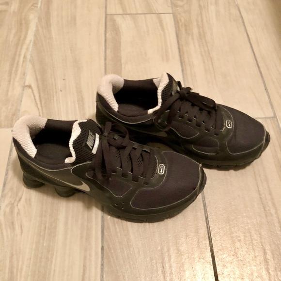 b3f099dfeabe4a Nike - Shox Turbo 10. M 5a6194372ae12f33e3794b53